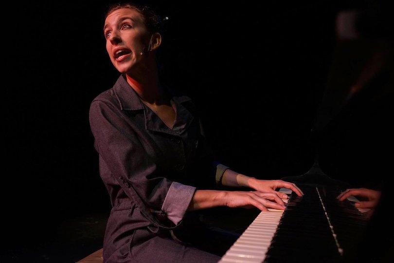 Galería de imágenes 5: Christiane. Un bio-musical científico