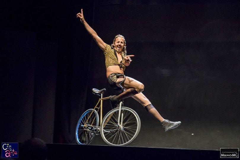 Image gallery 7: Fontanería, Circo y Poesía 2.0