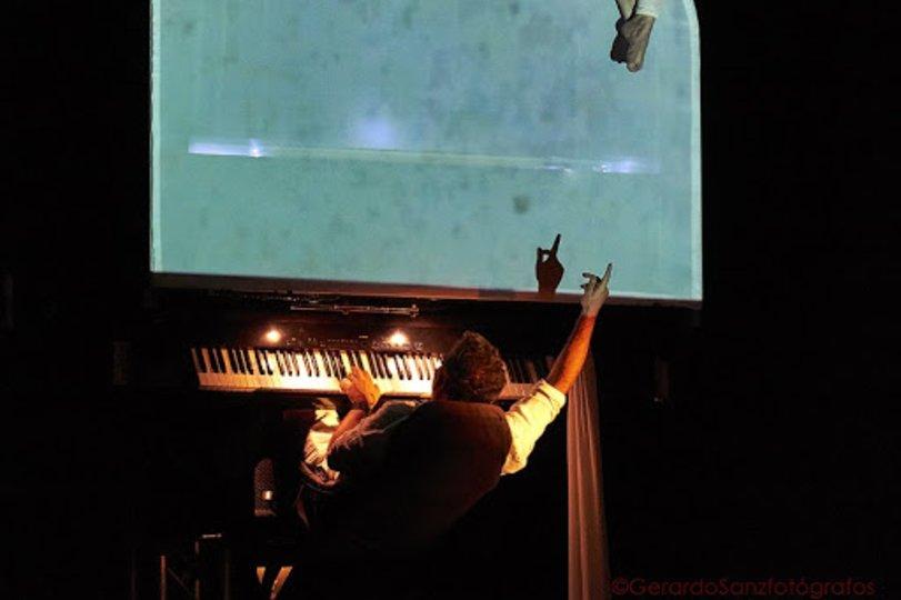 Imagen 6 de la galería del espectáculo Flotados