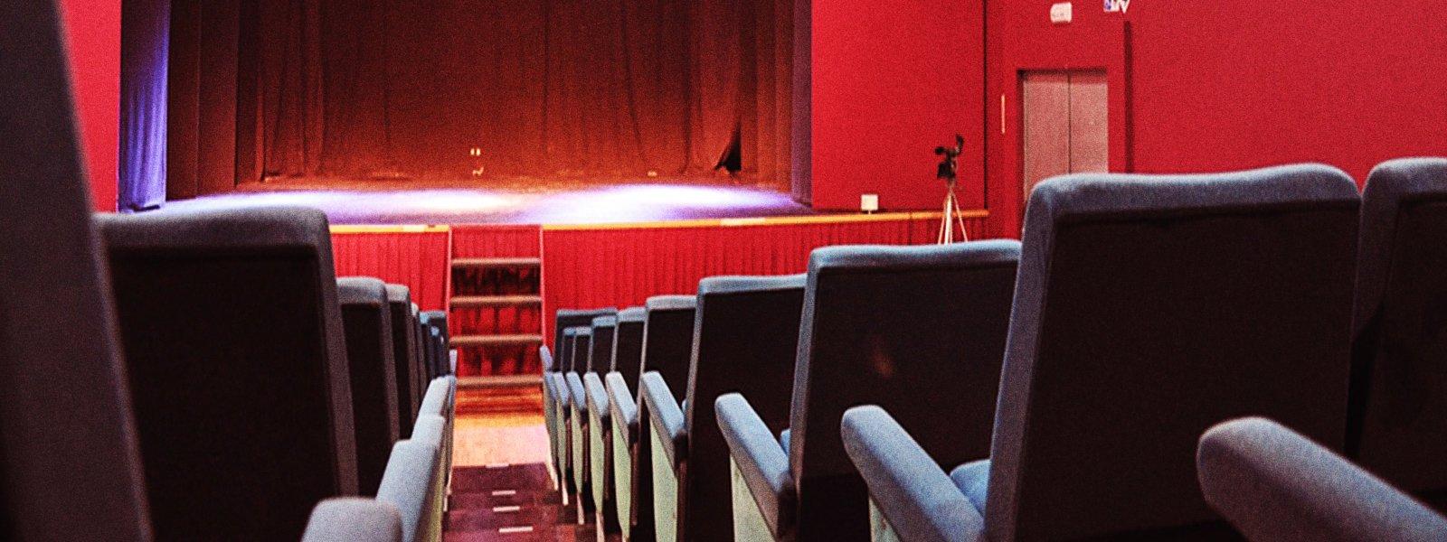 Sala Carolina, localització per a la representació d'espectacles