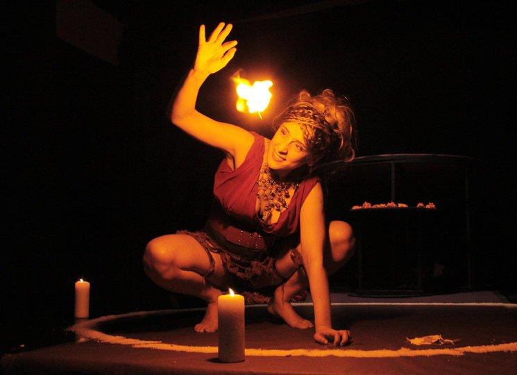 Image gallery 3: Medea