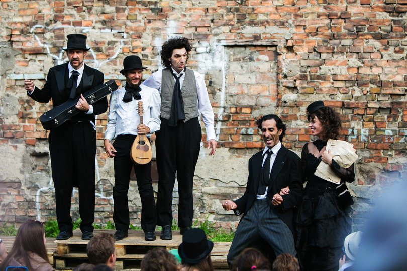 Image gallery 8: Wandering Orquestra
