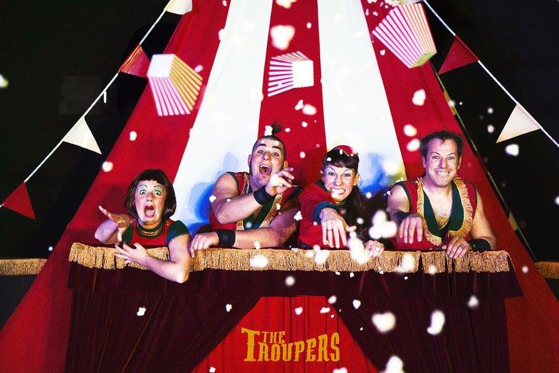 Galería de imágenes 2: The Troupers