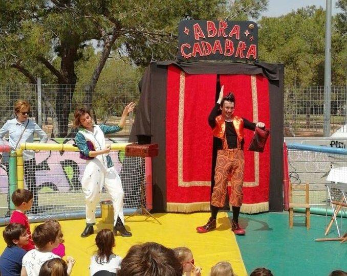 Imagen 0 de la galería del espectáculo Abracadabra