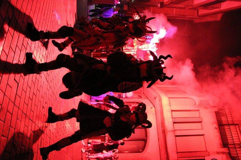 Galería de imágenes 9: Theos Foc