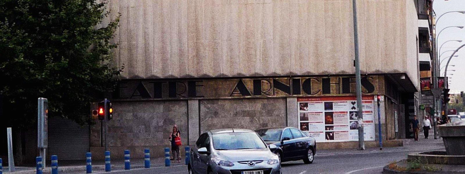 Teatre Arniches, localització per a la representació d'espectacles