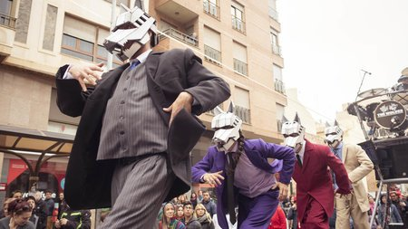 Cover picture of the news: The Wolves clausura el XI Festival Tendencias de Teatro en la Calle.