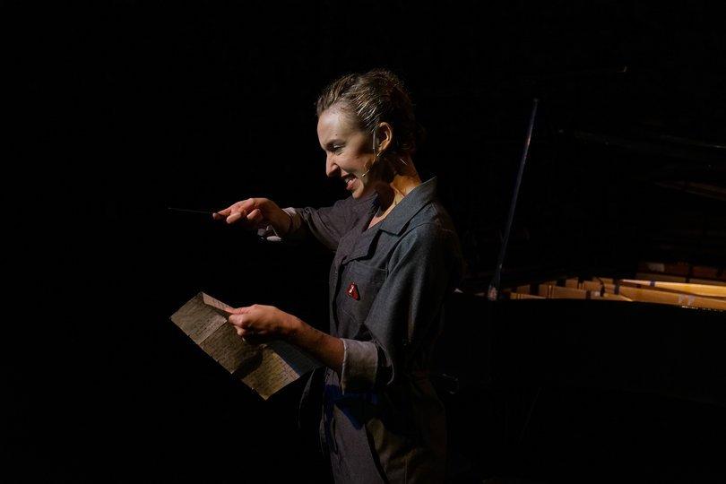 Galería de imágenes 1: Christiane. Un bio-musical científico